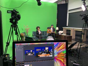 Auch Musikvideos lassen sich im Greenscreen Mietstudio realisieren